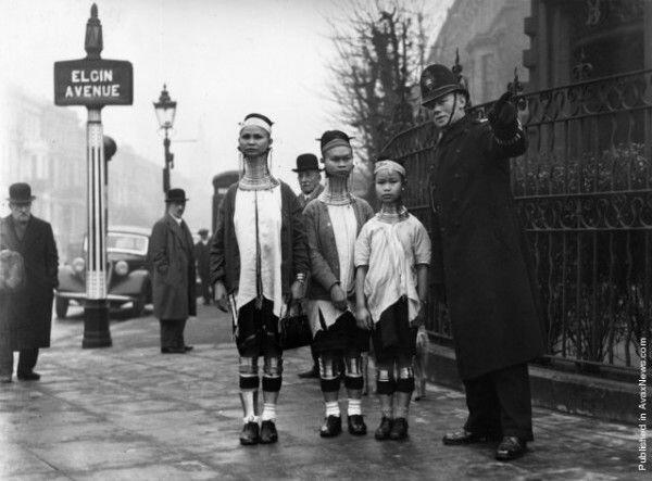 Женщины племени Падаунгов в Лондоне (1935 год)