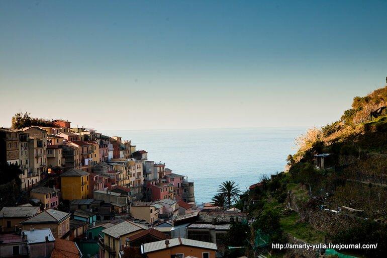 Манарола: красочный город на скалах (Италия)