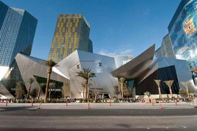 Необычная архитектура: торгово развлекательный комплекс Crystals (США)