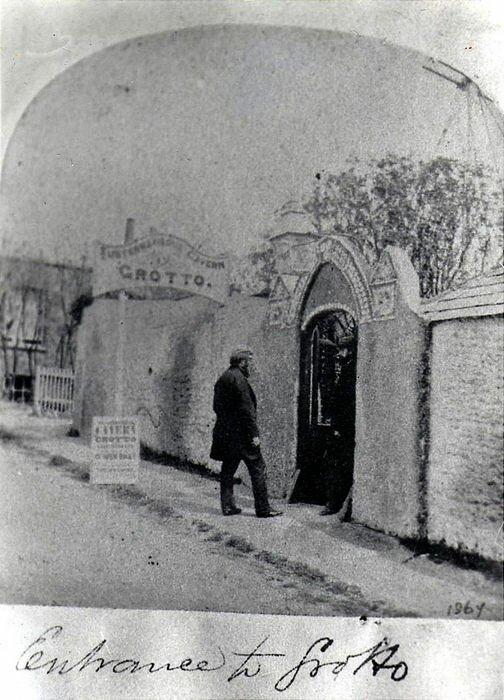 Грот ракушек в городе Маргит (Англия)