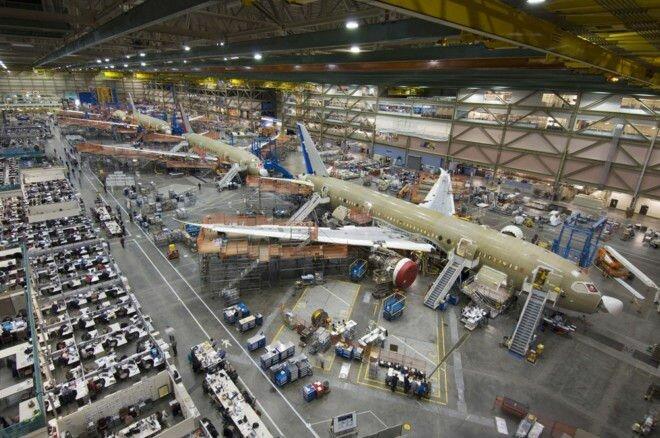 Boeing Everett Factory: самый большой завод в мире (США)