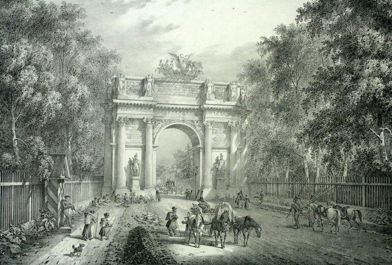 Нарвские триумфальные ворота в Санкт Петербурге (Россия)