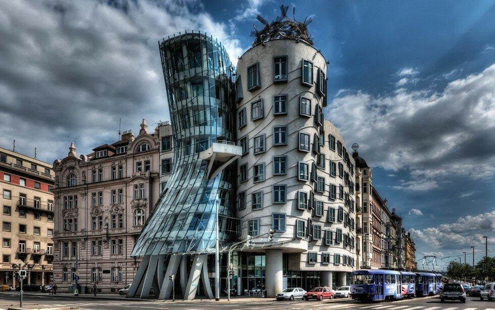 Танцующий Дом в Праге (Чехия)