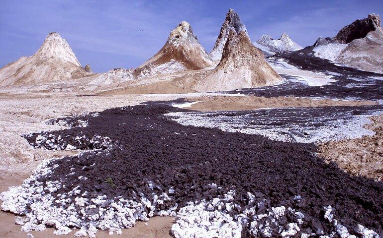 Оль Дойньо Ленгаи: самый холодный вулкан в мире (Танзания)