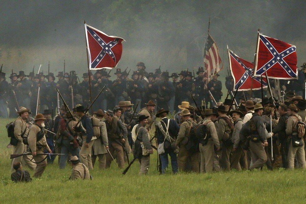 Масштабная реконструкция битвы при Геттисберге в Пенсильвании (США)