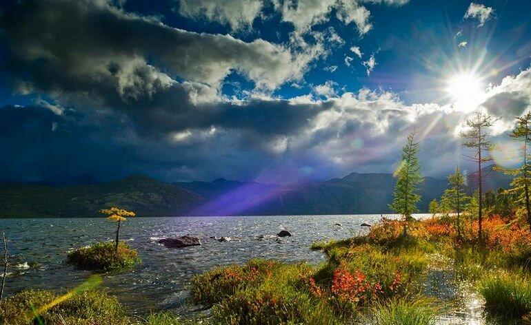 Русский пейзаж с иностранным названием: озеро Джека Лондона (Россия)