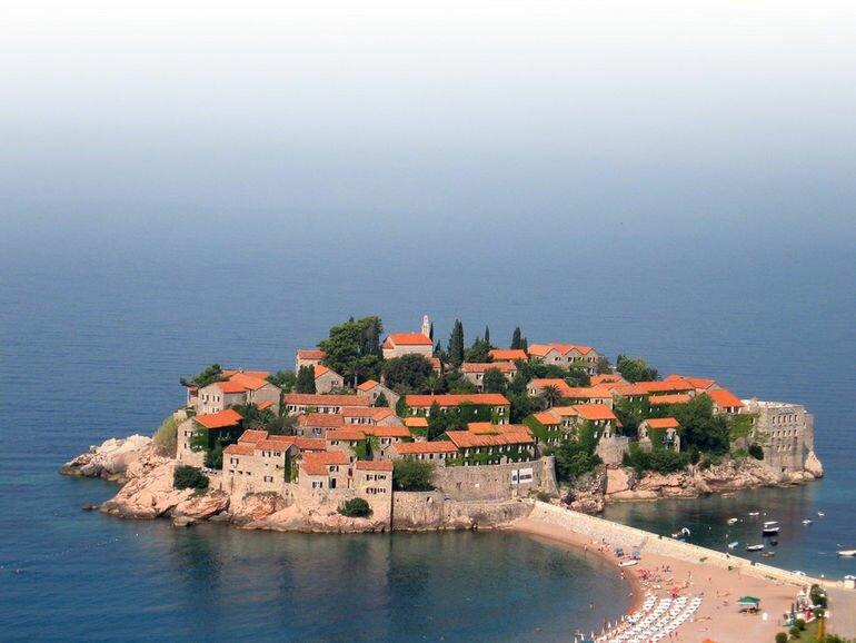 Свети Стефан: остров отель в Адриатике (Черногория)