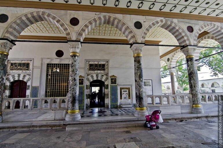 Дворец Топкапы: неувядающая слава времен великих правителей (Турция)