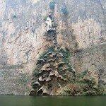 1373866304_arbol-de-navidad-cascada