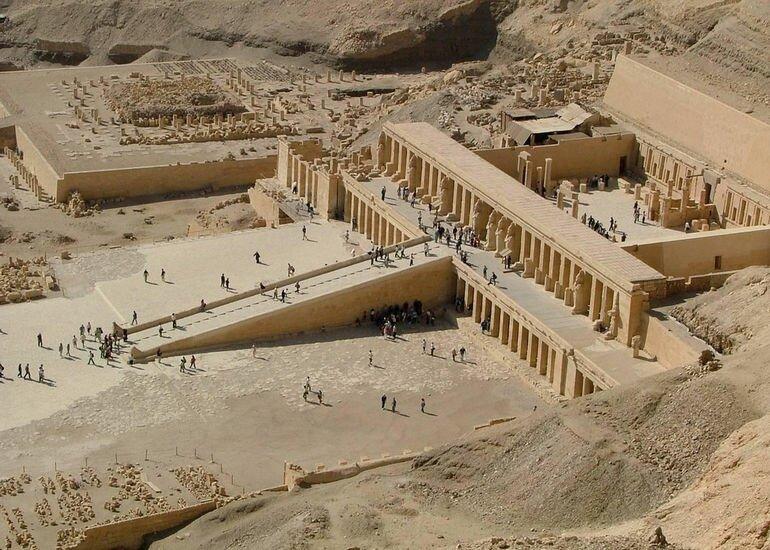 Храмовый комплекс царицы Хатшесуп (Египет)