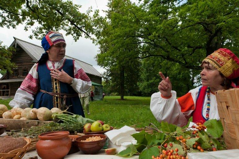 Новгородский музей народного деревянного зодчества: экскурсия в дореволюционную Россию (Россия)