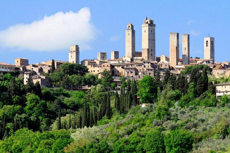 Башни Сан Джиминьяно: память о древней семейной вражде (Италия)