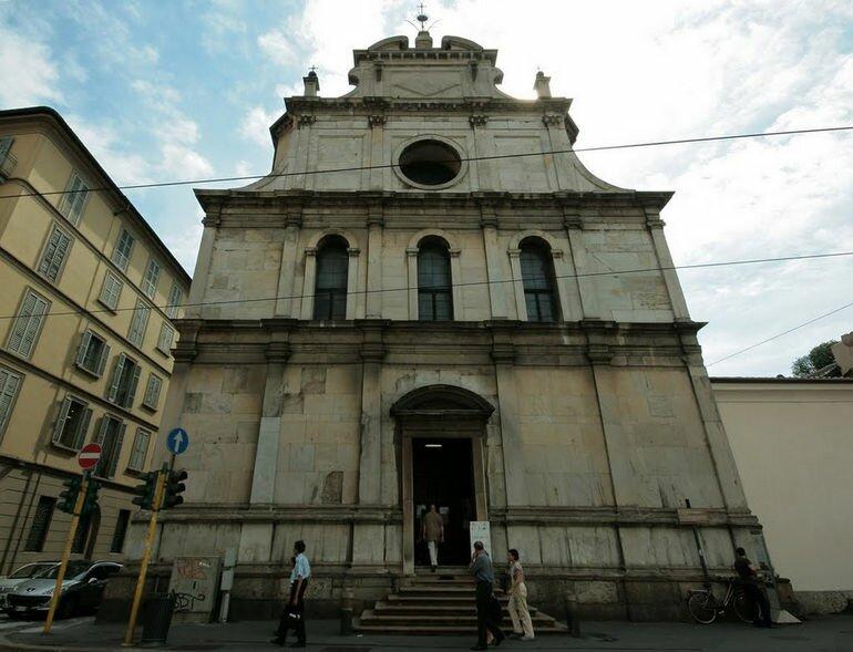 Церковь святого Маврикия в Милане (Италия)