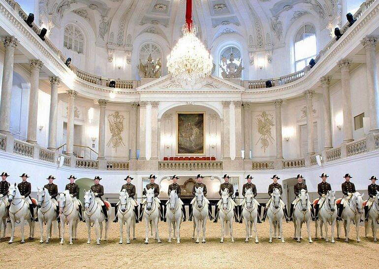 Spanische Hofreitschul: место красоты, таланта и грации (Австрия)
