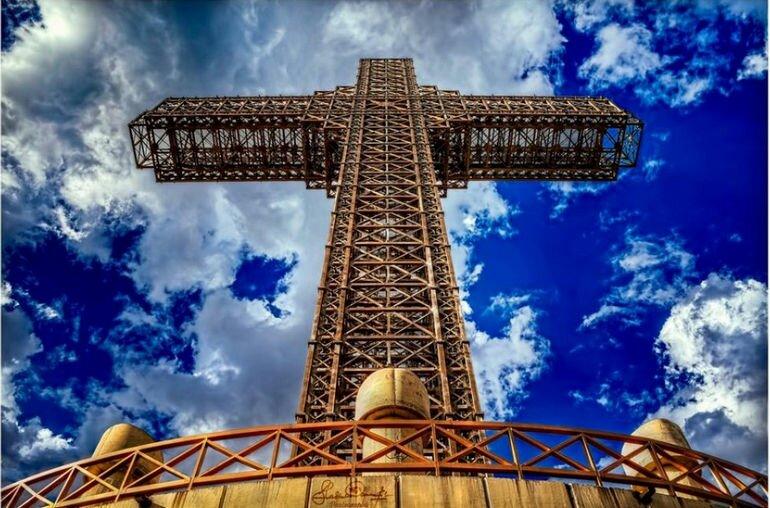 Крест Тысячелетия: самый высокий крест на планете (Македония)