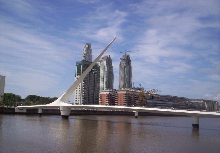 Мост Женщин в Буэнос Айресе (Аргентина)