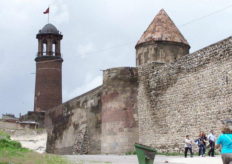 Крепость Эрзурум: хранительница истории Турции
