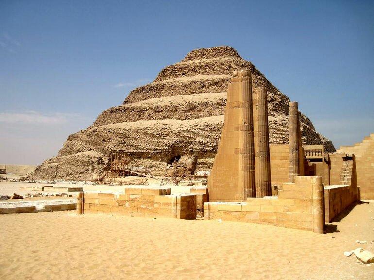 Пирамида Джосера (Египет)